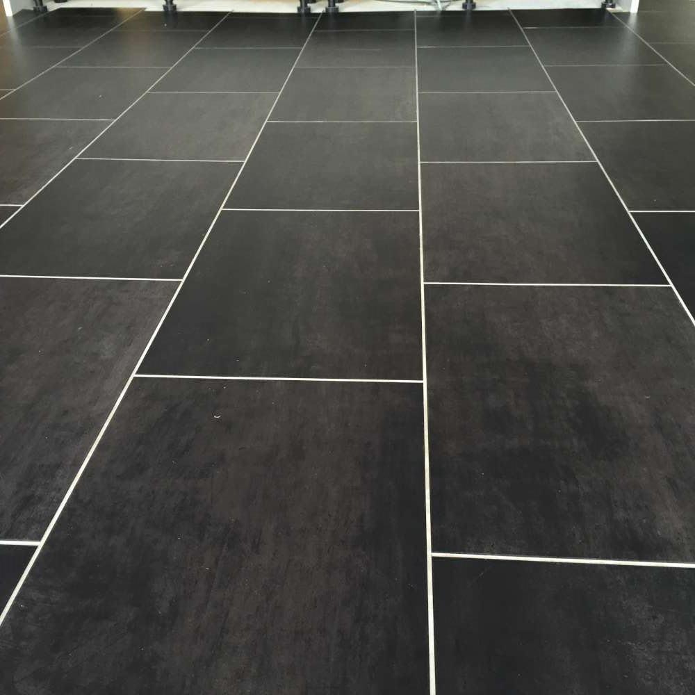 Luxury Vinyl Tiles like Amtico and Karndean by Edwards Flooring in Bormley (24)