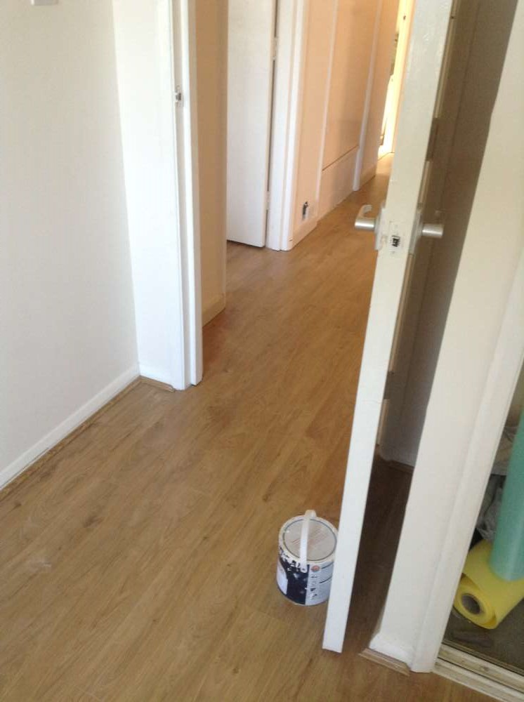 Laminate Flooring by Edwards Flooring in Bromley (4)