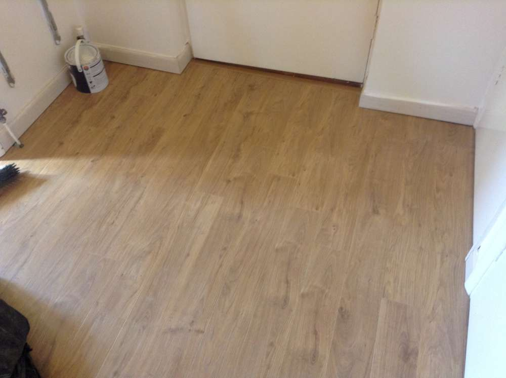 Laminate Flooring by Edwards Flooring in Bromley (6)