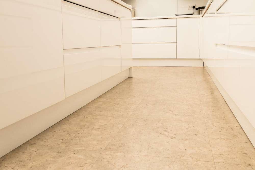 Luxury Vinyl Tiles like Amtico and Karndean by Edwards Flooring in Bormley (1)