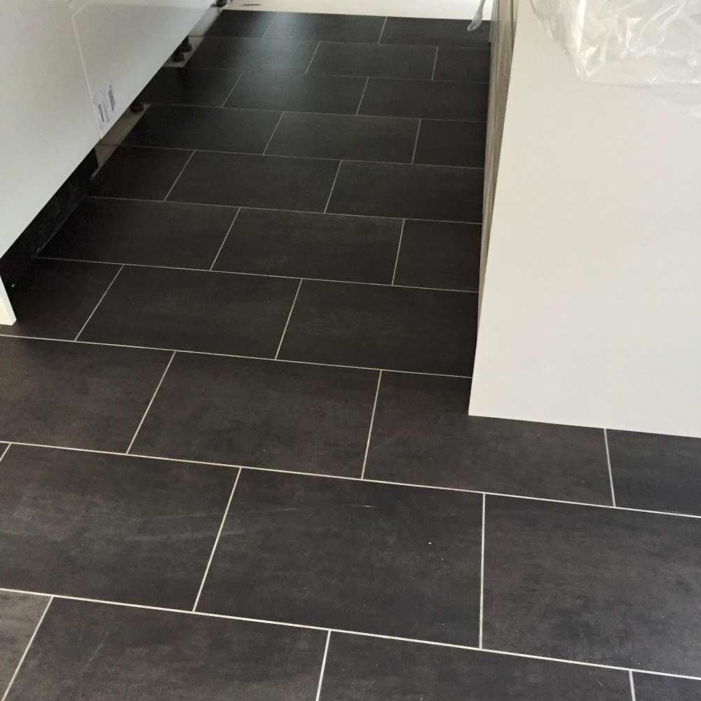 Luxury Vinyl Tiles like Amtico and Karndean by Edwards Flooring in Bormley (14)