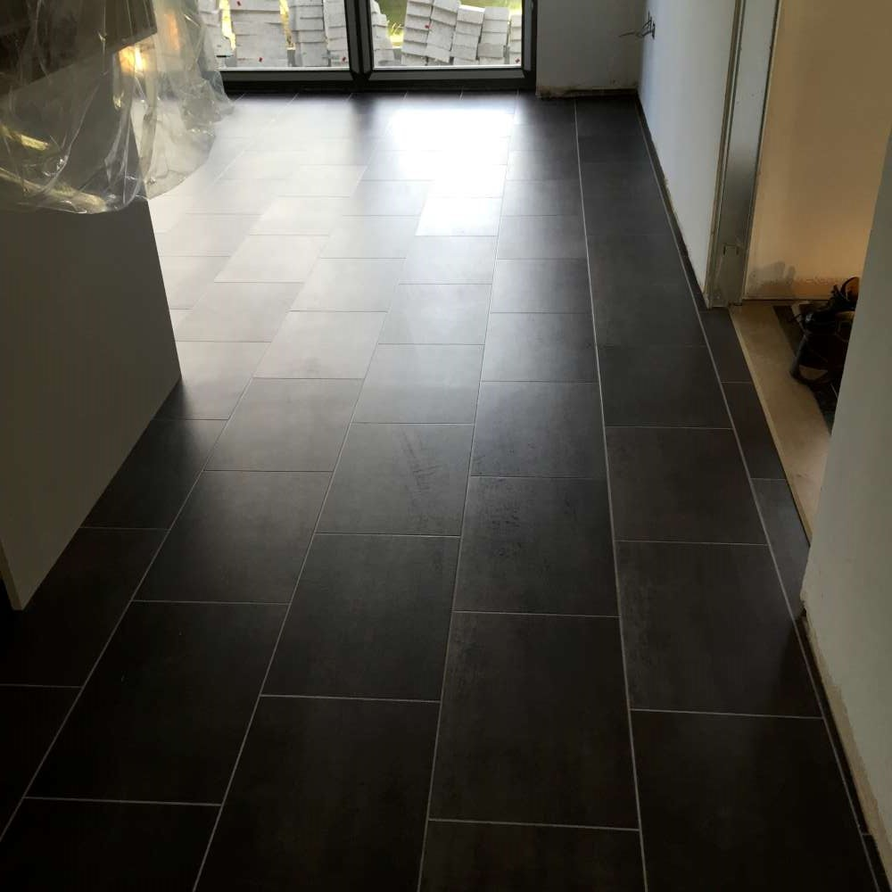 Luxury Vinyl Tiles like Amtico and Karndean by Edwards Flooring in Bormley (17)