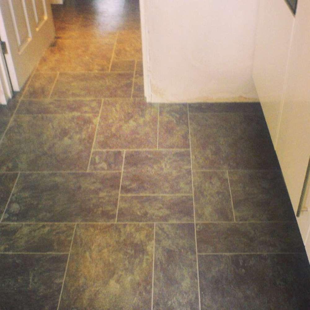 Luxury Vinyl Tiles like Amtico and Karndean by Edwards Flooring in Bormley (21)