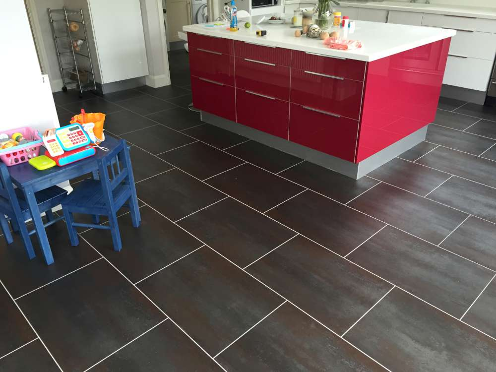 Luxury Vinyl Tiles like Amtico and Karndean by Edwards Flooring in Bormley (24)