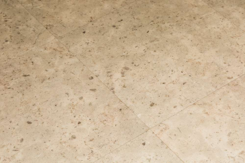 Luxury Vinyl Tiles like Amtico and Karndean by Edwards Flooring in Bormley (6)