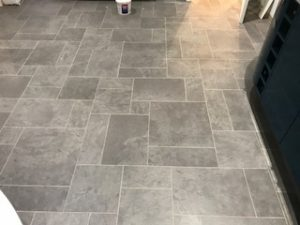 lauxury_vinyl_tiles_installed_by_edwards_flooring (4)